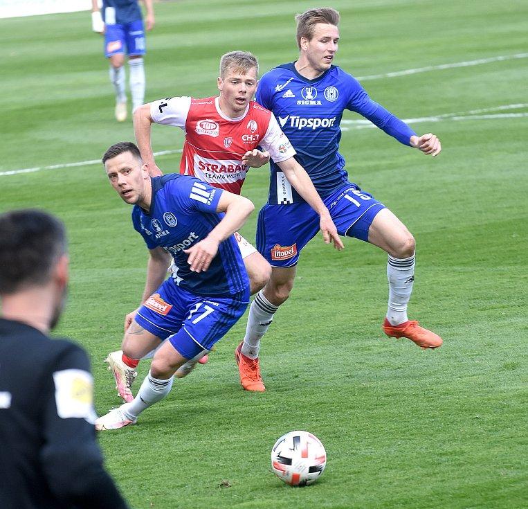 SK Sigma Olomouc - FK Pardubice 0:1 (0:0)Jaroslav Mihalík, Ondřej Zmrzlý
