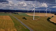 Větrníky u Horní Loděnice