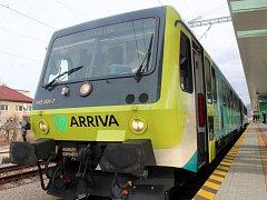 Expres společnosti Arriva na trase Praha - Olomouc - Trenčín. ILustrační foto