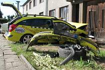 Nabouraný taxík v Krčmani