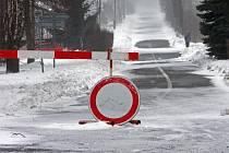 Cesta z Jívové na Hraničné Petrovice. 3. dubna 2013