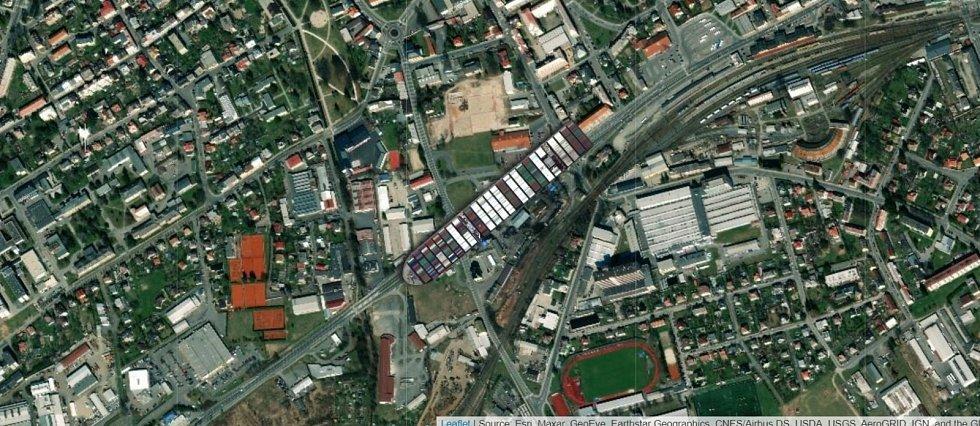 Kontejnerová loď Ever Given na Jesenické ulici v Šumperku