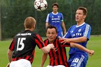 Fotbalisté Sigmy B (v modrém) proti 1.SK Prostějov