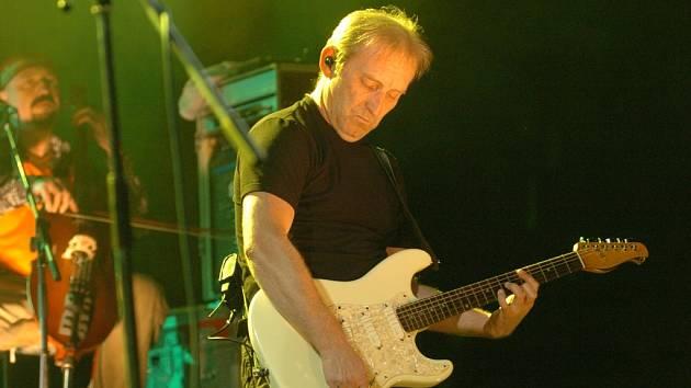 František Černý z Čechomoru se na festivalu Zahrada představí jako sólista.