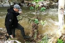 Od úterního rána pokračuje pátrání po ženě, kterou v Oskavě strhl proud rozvodněného potoka. 9.6.2020