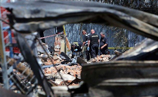 Vyšetřování velkého požáru skladu textilu volomoucké čtvrti Bělidla
