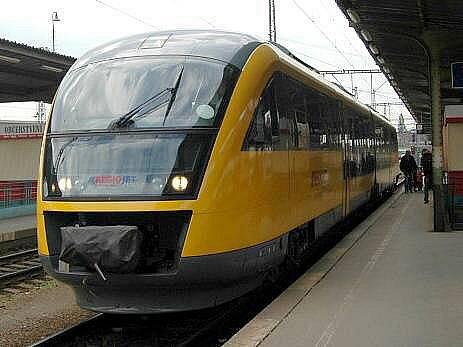 Souprava Siemens Desiro společnosti RegioJet při propagační jízdě na trati Olomouc - Šternberk - Uničov