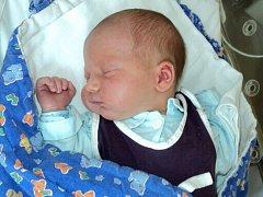 Lukas Franek, Staré Město, narozen 6. května ve Šternberku, míra 49 cm, váha 3220 g