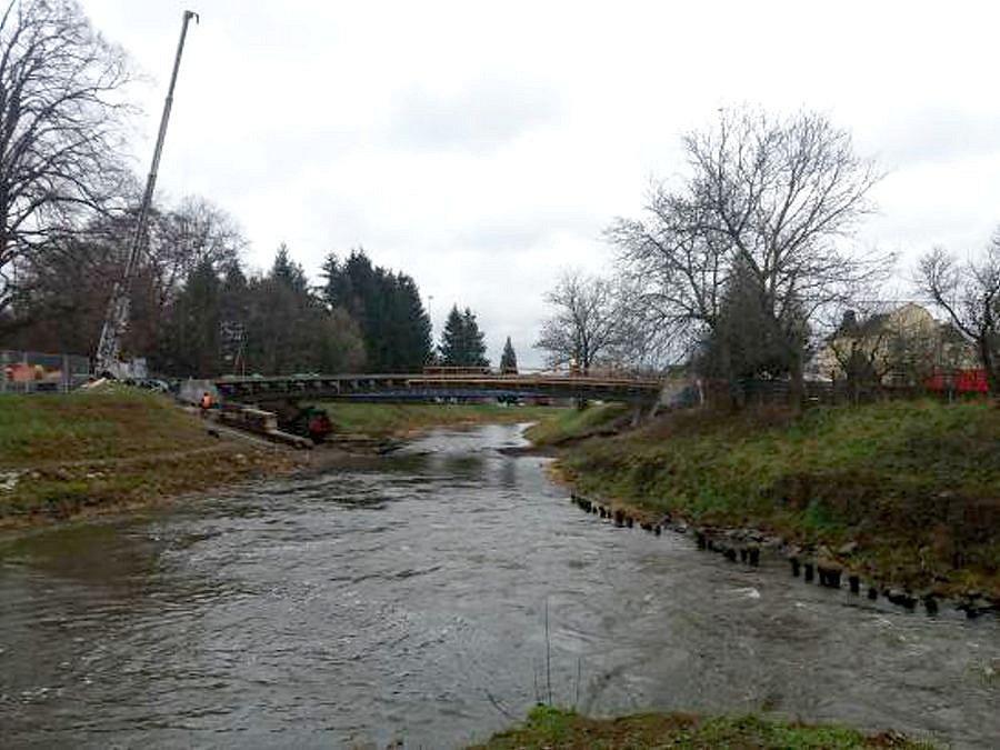 Opravovaný most na Pavlínce v Litovli