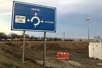 Na poli u Bystrovan vyroste logistické centrum