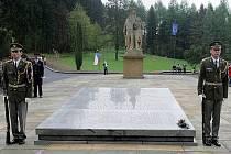 Památník obětí vypálení Javoříčka