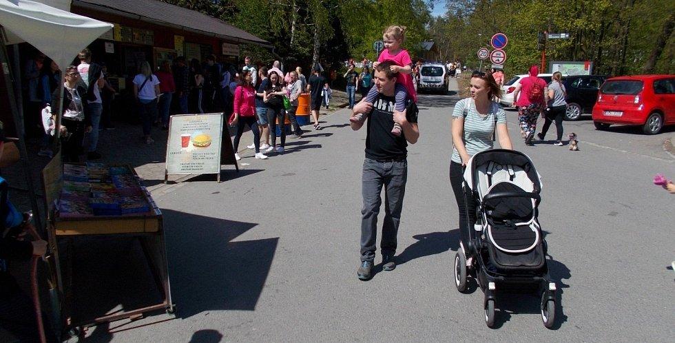 Nedělní odpoledne u olomoucké zoo na Sv. Kopečku, 9. května 2021