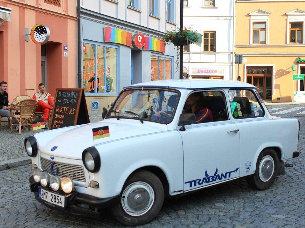 Tradiční soutěž Ecce Homo Historic se o tomto víkendu jede ve Šternberku