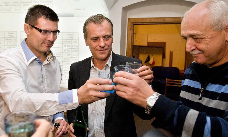 Oslavy vítězství ve volební štábu ČSSD v Olomouci