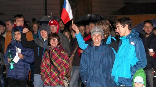 Setkání Olomoučanů k 25. výročí Sametové revoluce na Horním náměstí