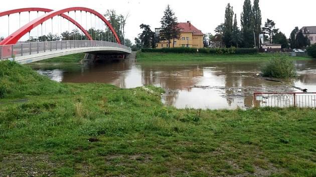 Morava na Nových Sadech v Olomouci, 15. října 2020 odpoledne