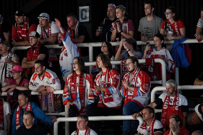 Utkání 1. kola hokejové extraligy: HC Olomouc - BK Mladá Boleslav, 10. září 2021 v Olomouci. Diváci, fanoušci.