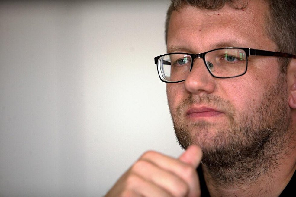 Ivo Slavotínek při on-line rozhovoru se čtenáři Deníku