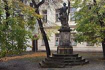 Socha svatého Floriana na Žerotínově náměstí v Olomouci