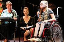 Finále festivalu Nad oblaky aneb Každý může být hvězdou v olomouckém Divadle na Šantovce