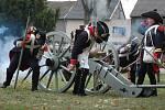 Před bitvou u Slavkova – příznivci vojenské historie v dobových uniformách předvedli souboje francouzských vojáků proti rakouským.