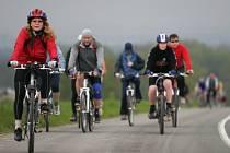 Cyklisté vyrazili do vojenského prostoru Libavá