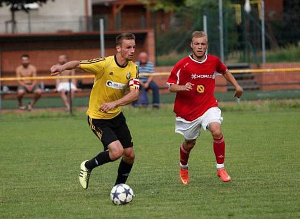 Michal Muzikant (v červeném)