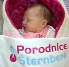 Veronika Štelzigová, Olomouc, narozena 26. března ve Šternberku, míra 51 cm, váha 3400 g