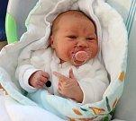 Nina Filandrová, Olomouc, narozena 1. dubna, míra 50 cm, váha 3511 g