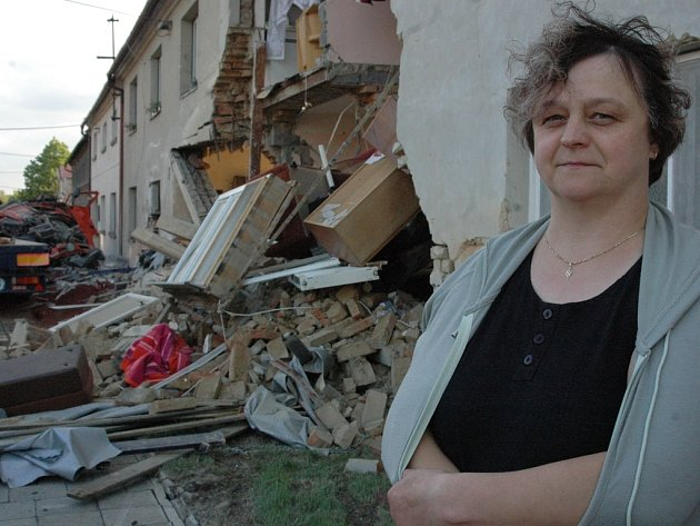 Žena měla štěstí, že přišla jen o dům a ne o život.