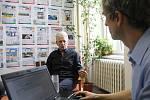 Oto Košta při on-line rozhovoru se čtenáři Deníku