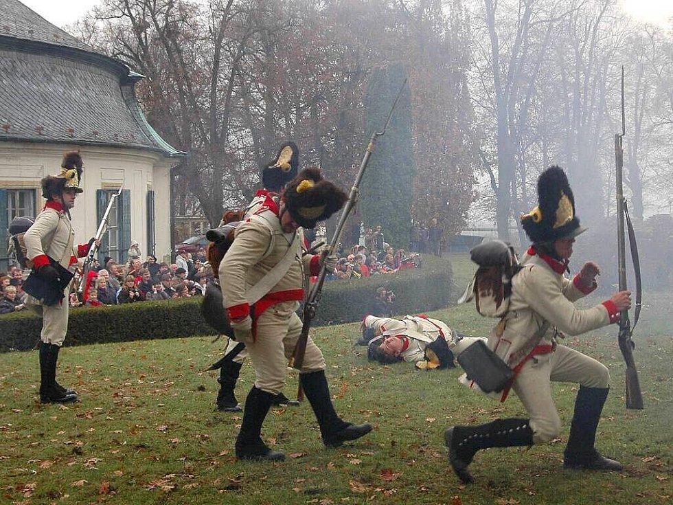 Před bitvou u Slavkova - francouzská a rakouská vojska na zámku v Náměšti na Hané