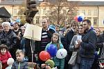 Happening na Palachově náměstí v Olomouci, 17. 11. 2019
