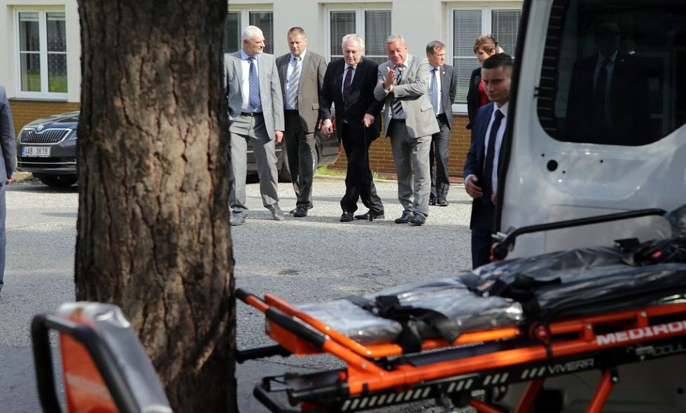Prezident Zeman v Jesenické nemocnici