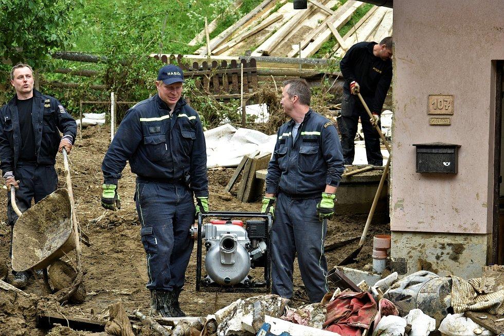 Místo největšího zátarasu z naplavených klád v Břevenci, 9. 6. 2020