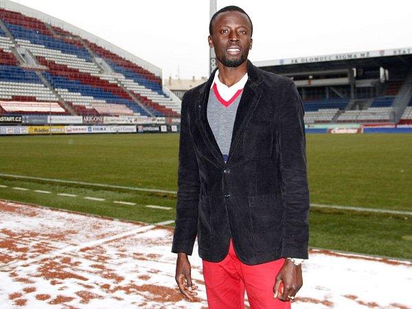Senegalský fotbalista Abdoulaye Fall na Andrově stadionu vOlomouci