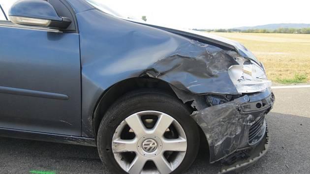Následky nehody ve Štarnově