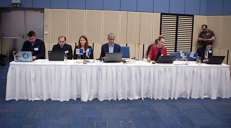 Debata s hejtmanem Ladislavem Oklešťkem v olomouckém Clarion Congress Hotelu.
