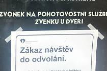 Zákaz návštěv v olomoucké fakultní nemocnici. Ilustrační foto