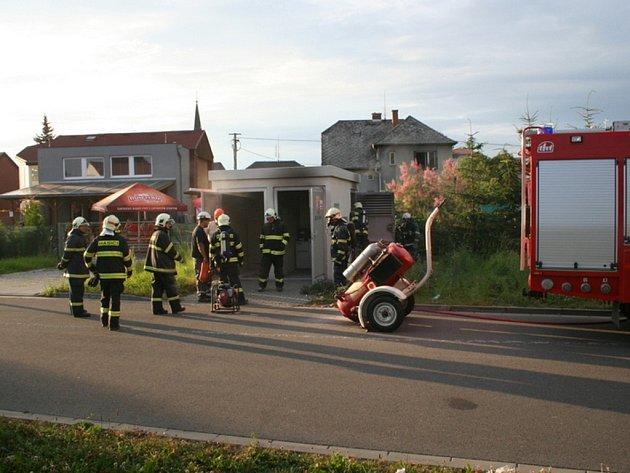 V Litovli hořela elektrická rozvodna. Škoda je půl milionu korun