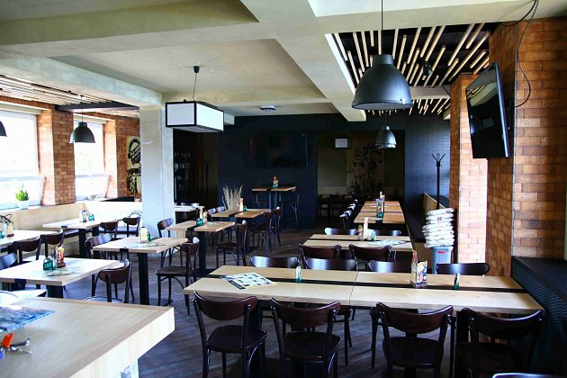 Restaurace, Pivnice, Bar Plo-VARNA, Jeseník