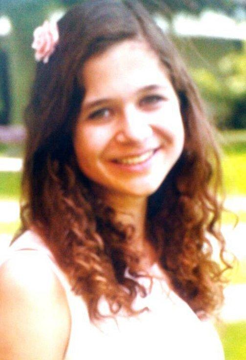 č. 4 Barbora Nýdecká, 16 let, studentka, Červenka