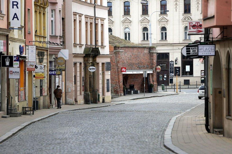 Centrum Olomouce, sobota dopoledne 13. března 2012. Pavelčákova ulice