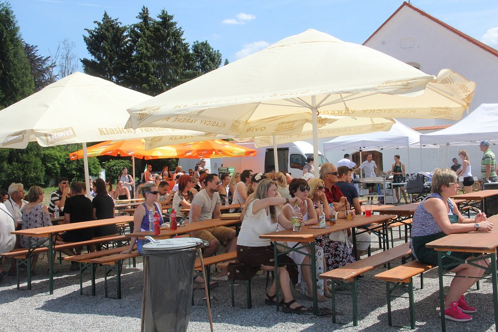 Areál Korunní pevnůstky v Olomouci se v neděli proměnil v Itálii. Zábavu tu našly děti i dospělí.