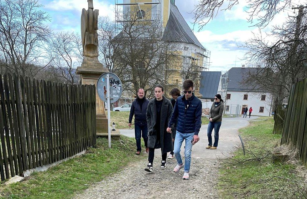 Křížová cesta v Rudě nad Dlouhou Loučkou na Olomoucku, 2. dubna 2021