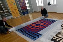 Výstava nabídne desítky děl Vasarelyho.