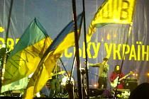 Olomoucká post-country kapela Nylon Jail na koncertu v ukrajinském Kyjevě. Ilustrační foto.