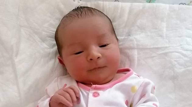 Amálie Němečková, Lipník nad Bečvou, narozena 1. října 2021 v Přerově, míra 51 cm, váha 3782 g