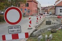 Aktuální stav rozkopané křižovatky ulic Olomoucká a E.Valenty v Prostějově.