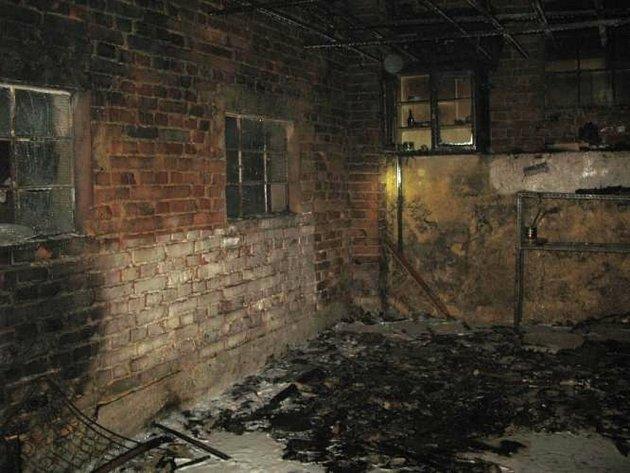 Požár kůlny, chatky a garáže v Moravském Berouně